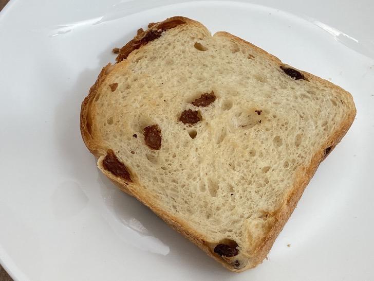 ボヤージュサイドのレーズンパン
