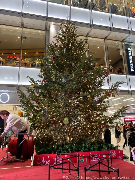 楽天地のクリスマスツリー点灯式