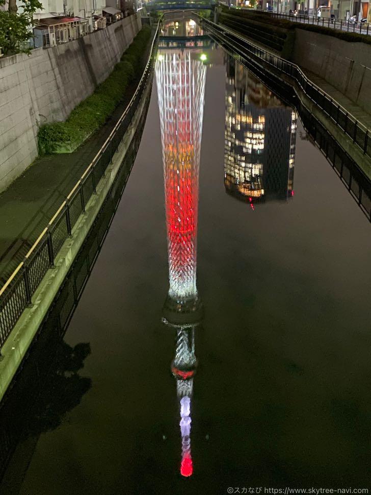東京スカイツリーのクリスマス特別ライティング 2020